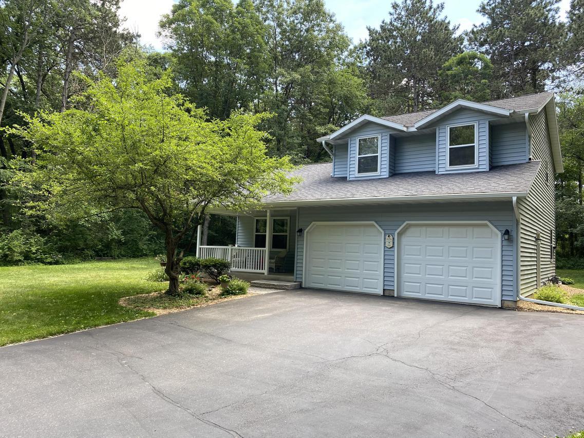 W911 Cottage Rd., Brodhead, WI 53520
