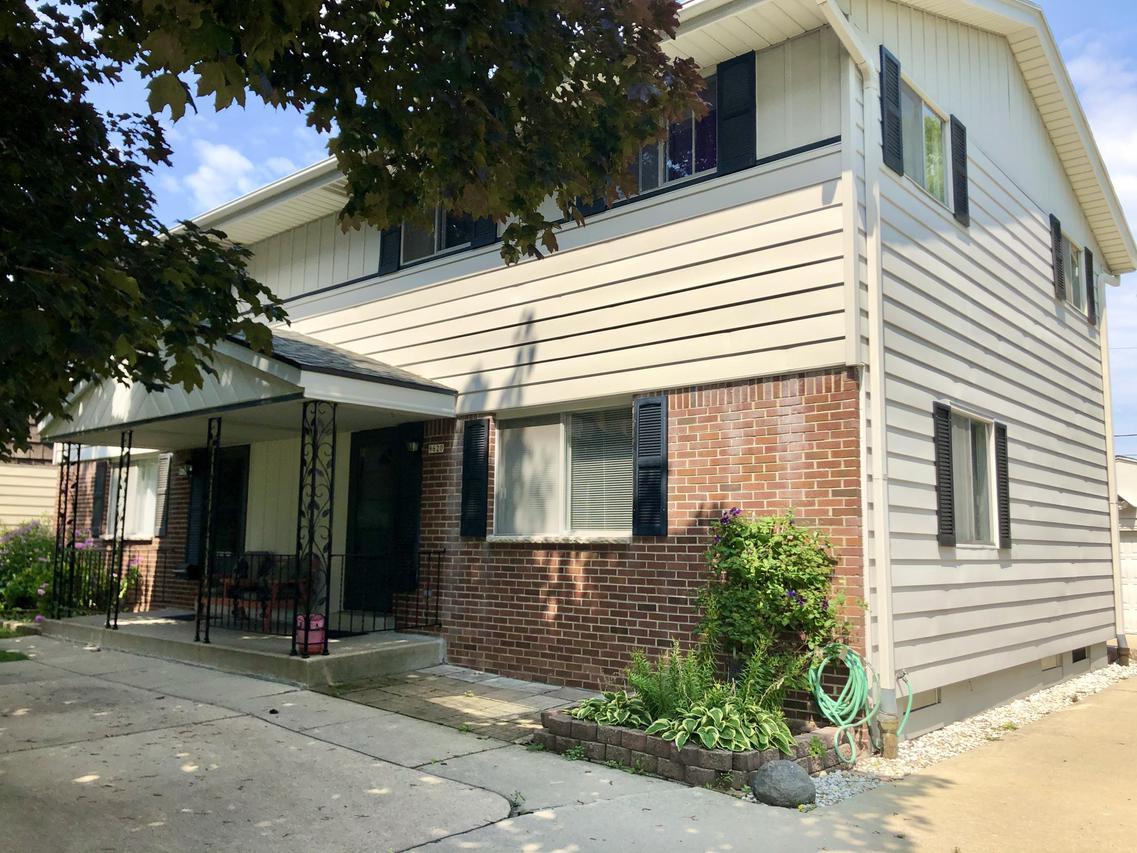 9620 W. Howard Ave. #9622, Milwaukee, WI 53228