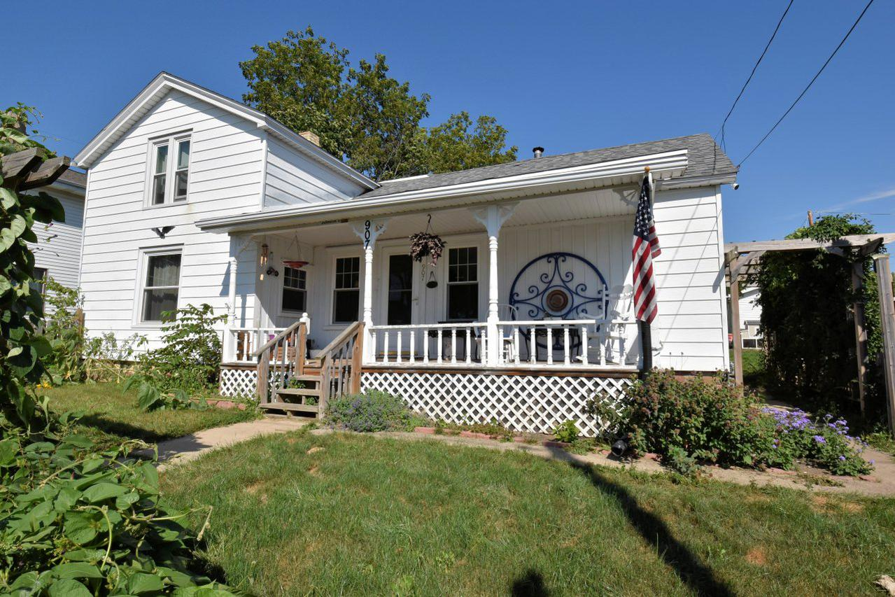 907 State St., Union Grove, WI 53182