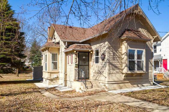 742 Oak St., Beloit, WI 53511