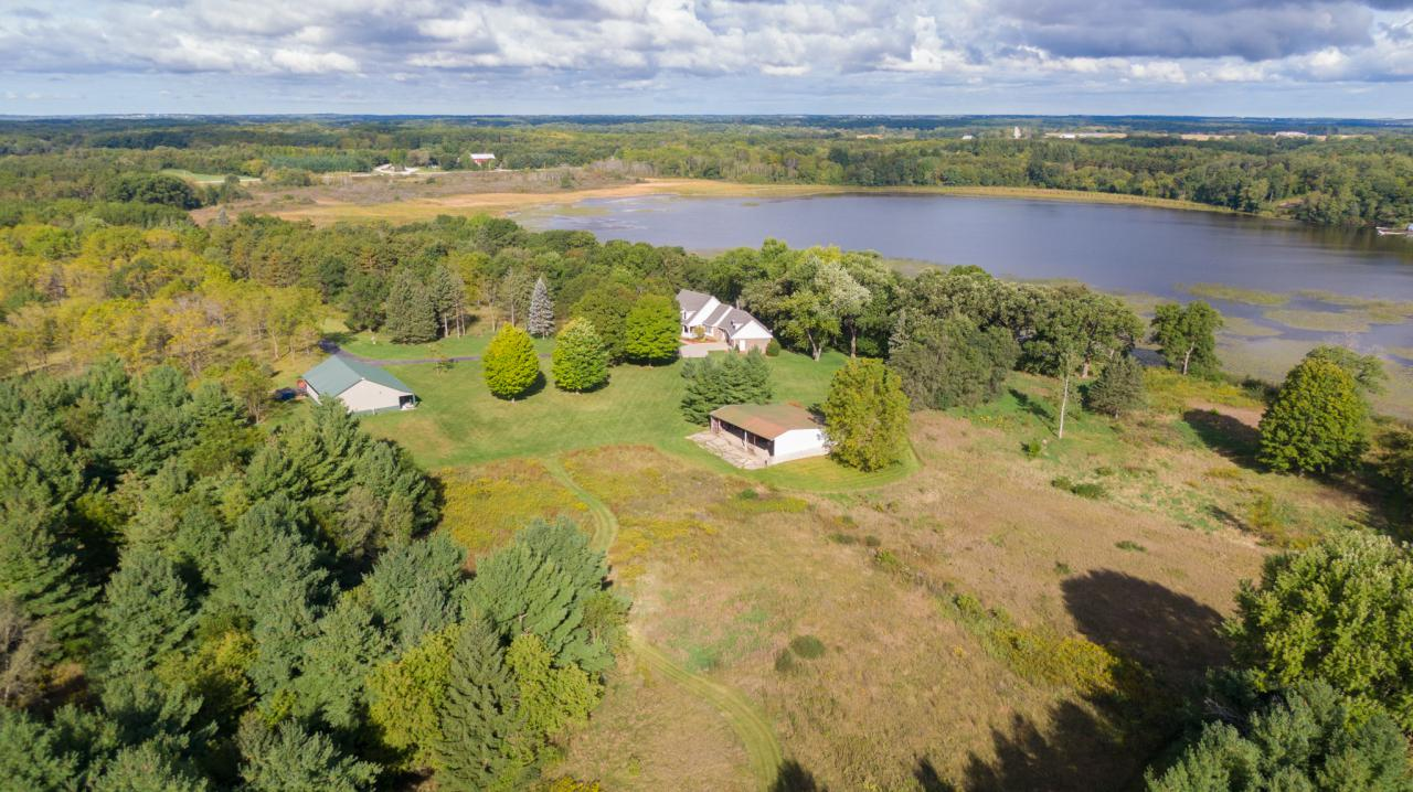 4111 Dyer Lake Rd., Wheatland, WI 53105