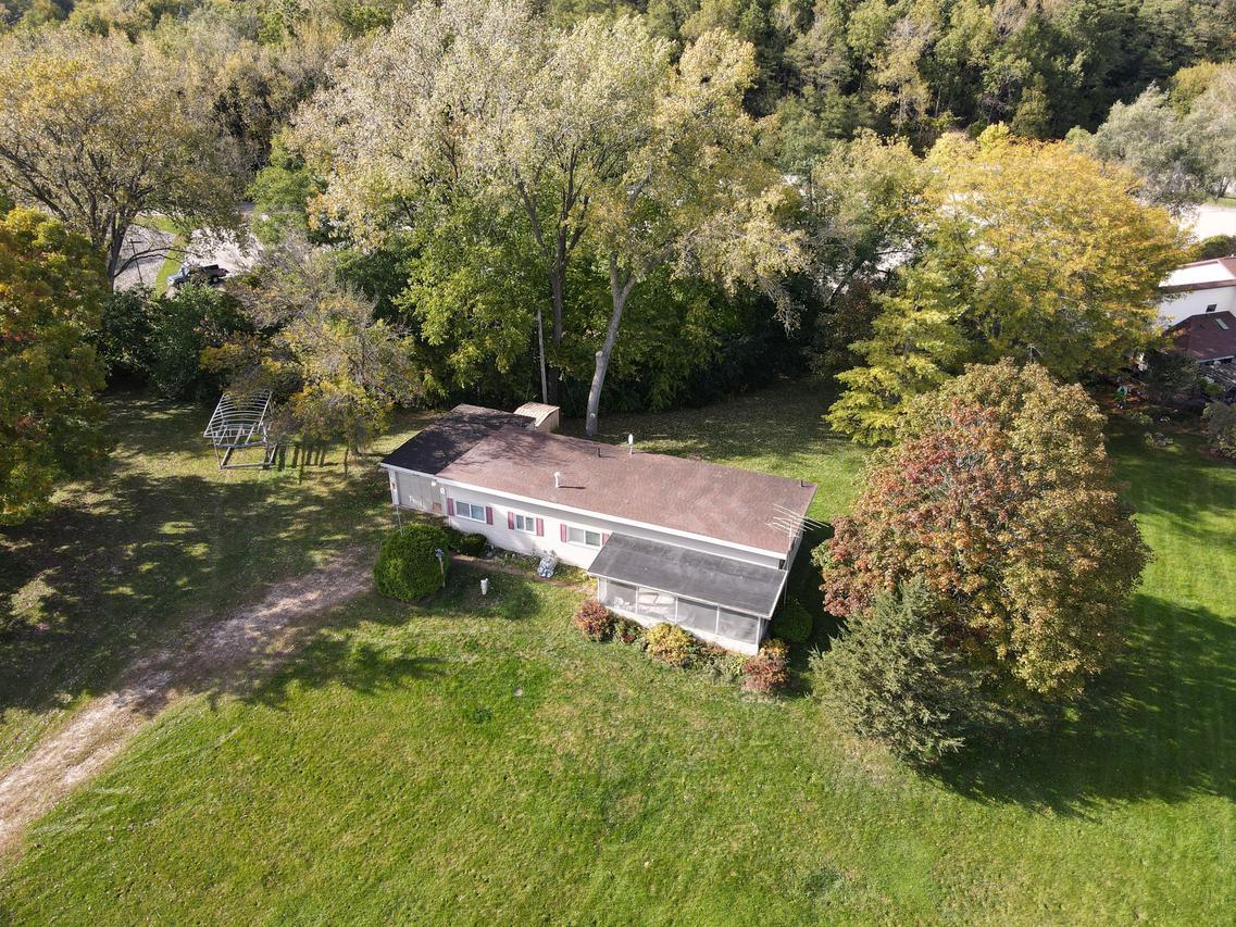 W8042 County Rd B, Lake Mills, WI 53551