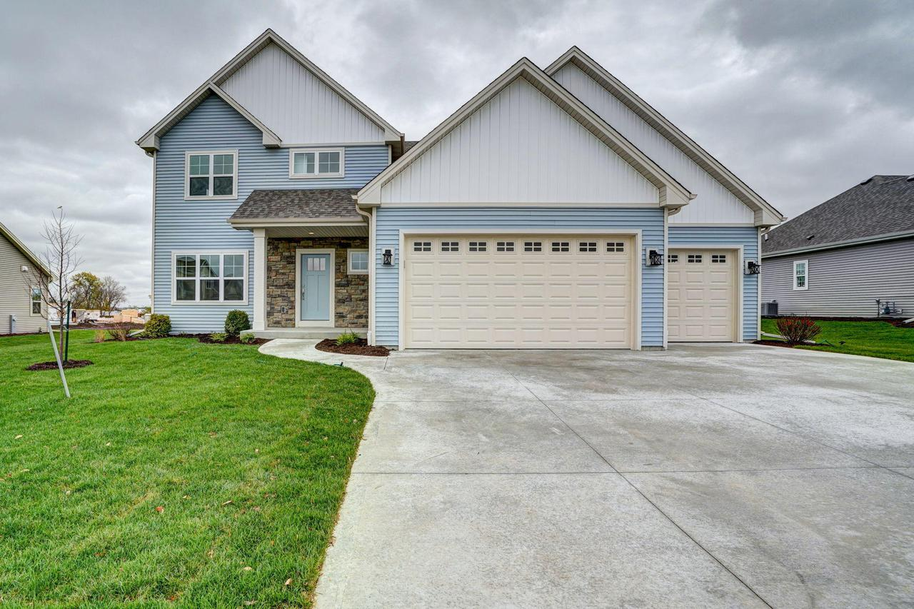 369 18th Ave., Union Grove, WI 53182