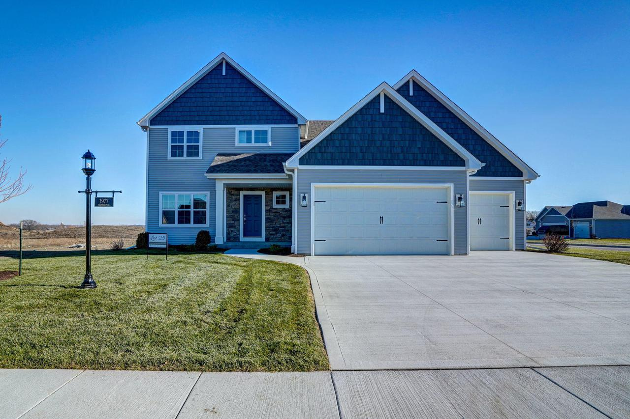 1977 Cheshire Dr., Union Grove, WI 53182