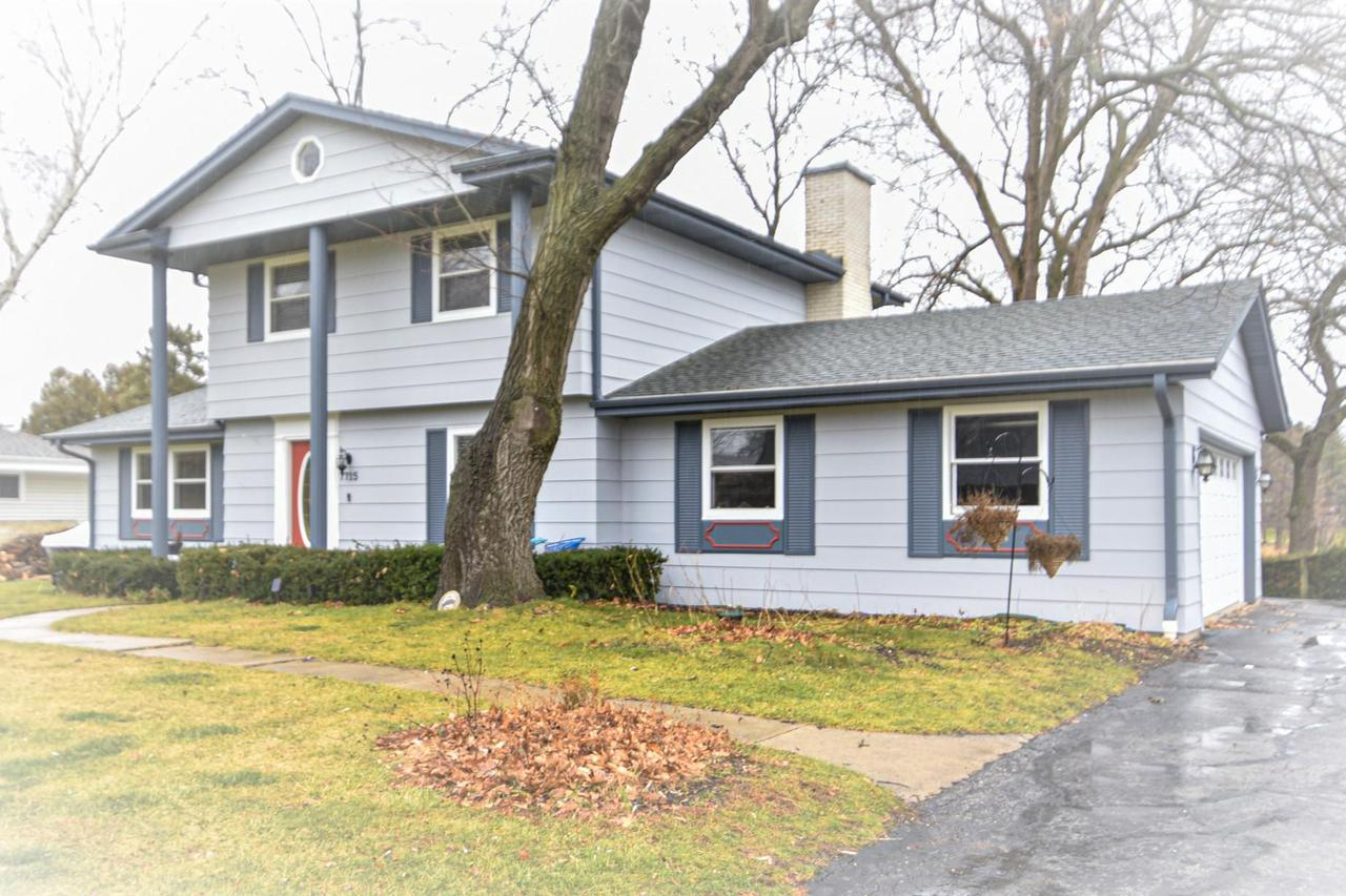 7715 W. View Dr., Norway, WI 53185