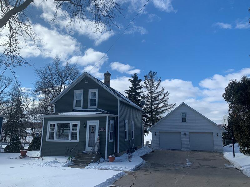 101 S Packer Dr., Francis Creek, WI 54220
