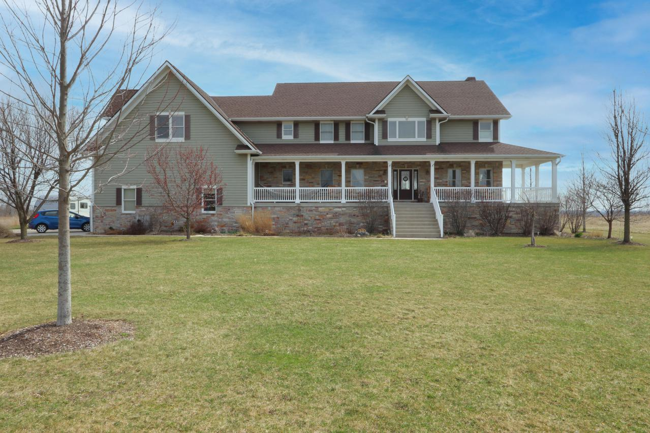 10515 405th Ave., Randall, WI 53128