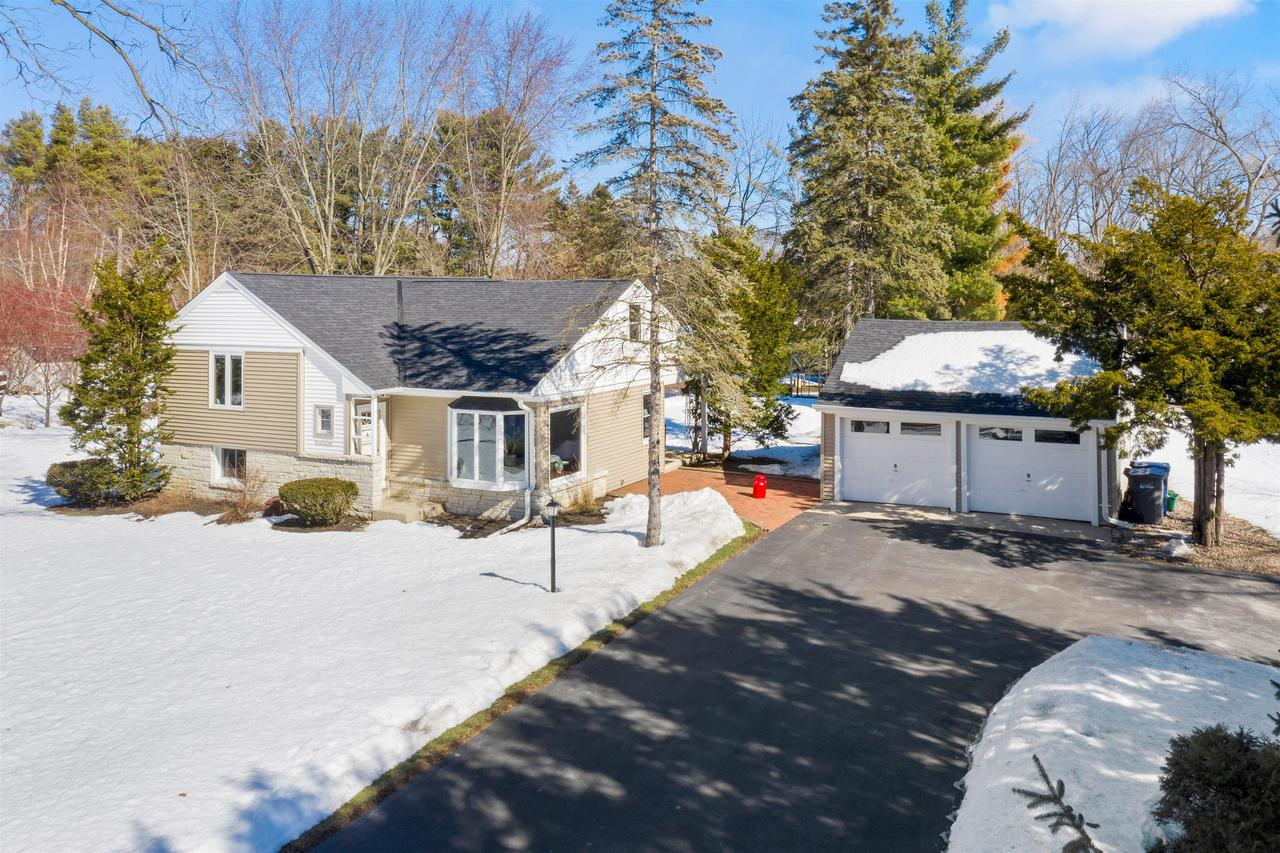 W147S7040 Durham Pl., Muskego, WI 53150