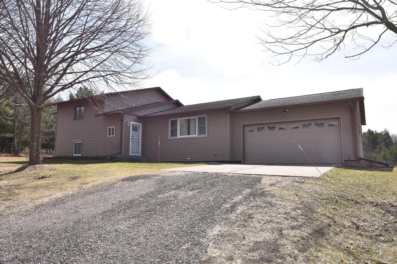 W13617 County Rd C, Albion, WI 54615