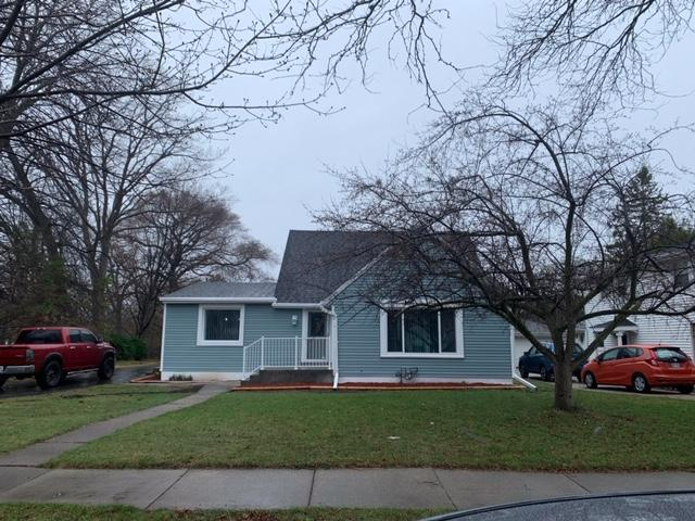 6001 N. Lydell Ave., Whitefish Bay, WI 53217