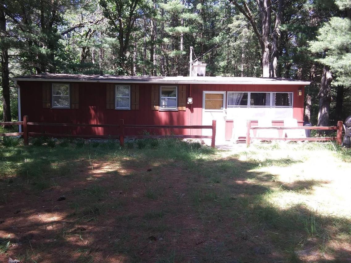 878 County Rd K, Dell Prairie, WI 53965
