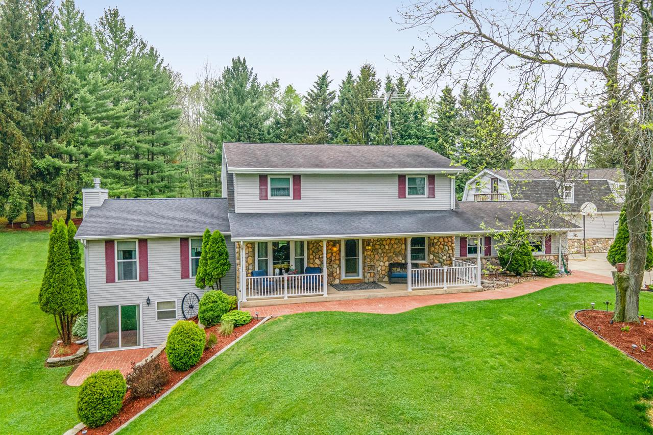 W7102 Kettleview Rd., Mitchell, WI 53073