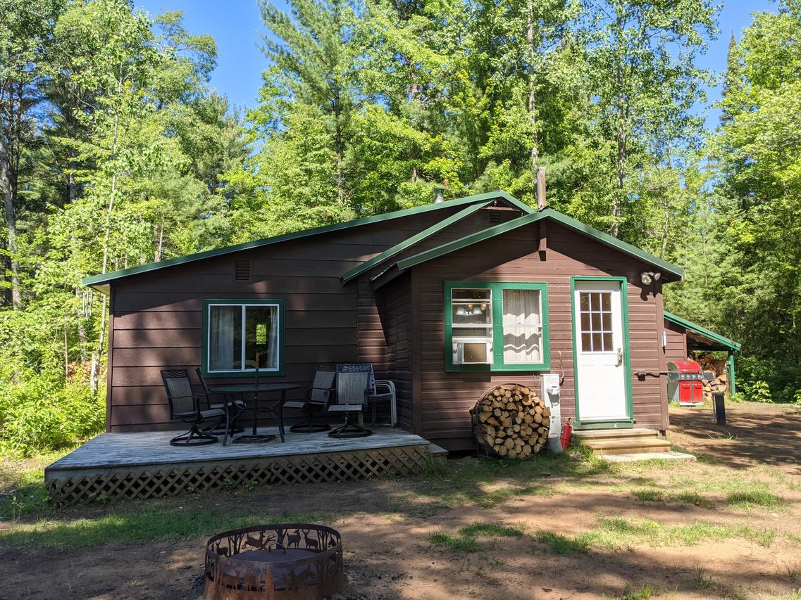 N12195 Tower Rd., Silver Cliff, WI 54104