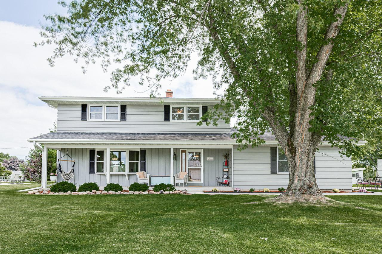 317 S. Pershing St., Howards Grove, WI 53083