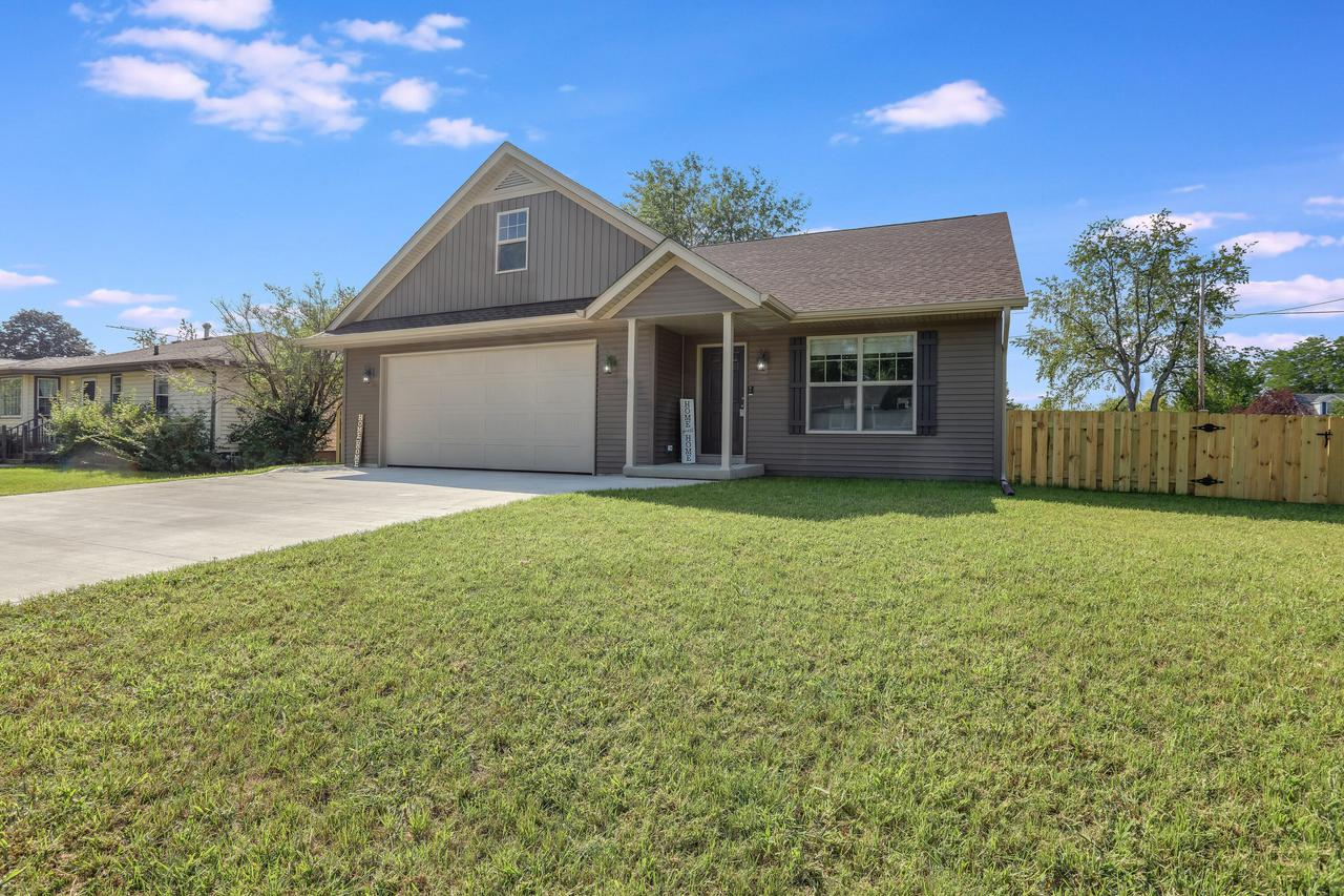 1865 Willow Rd., Twin Lakes, WI 53181
