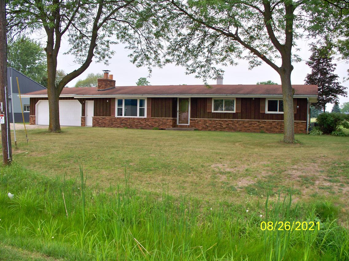 205 S. Business 141, Coleman, WI 54112