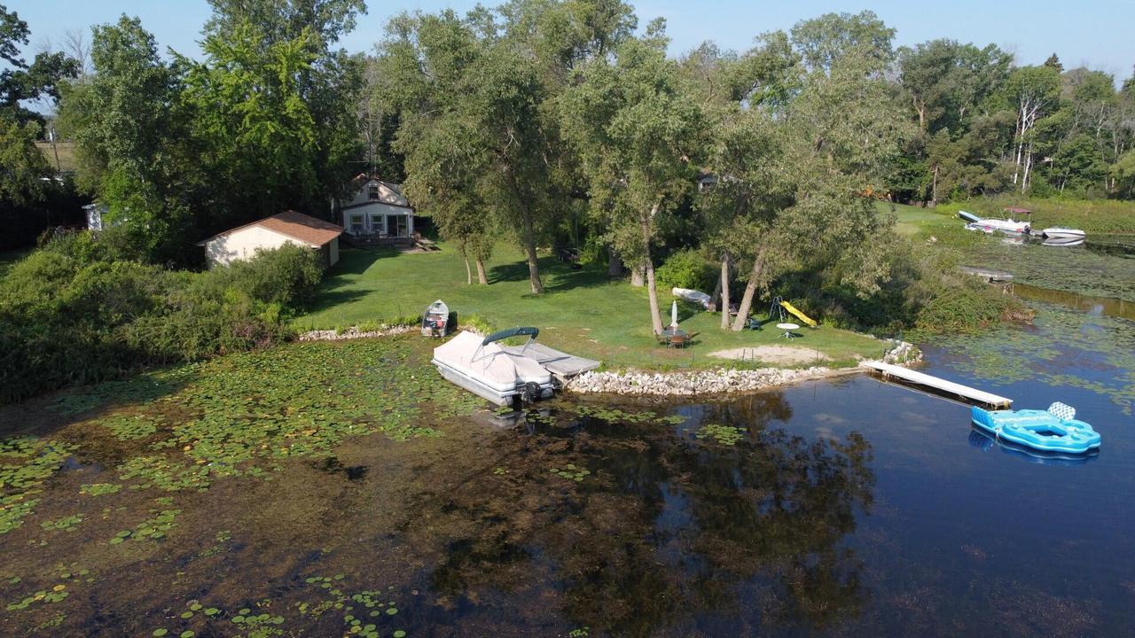 W1177 Floral Park Ln., Osceola, WI 53010