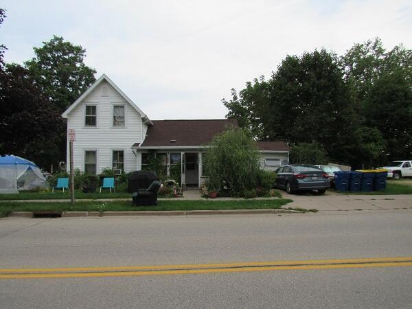 222 W. Decker St., Viroqua, WI 54665