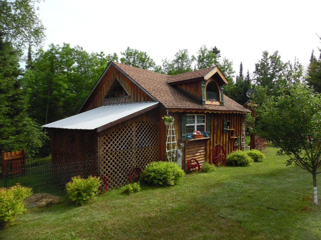8591 Wozniak Rd., Armstrong Creek, WI 54103