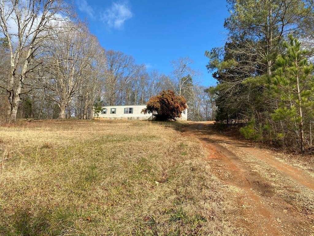 3324 Holly Springs Rd., Pendergrass, GA 30567