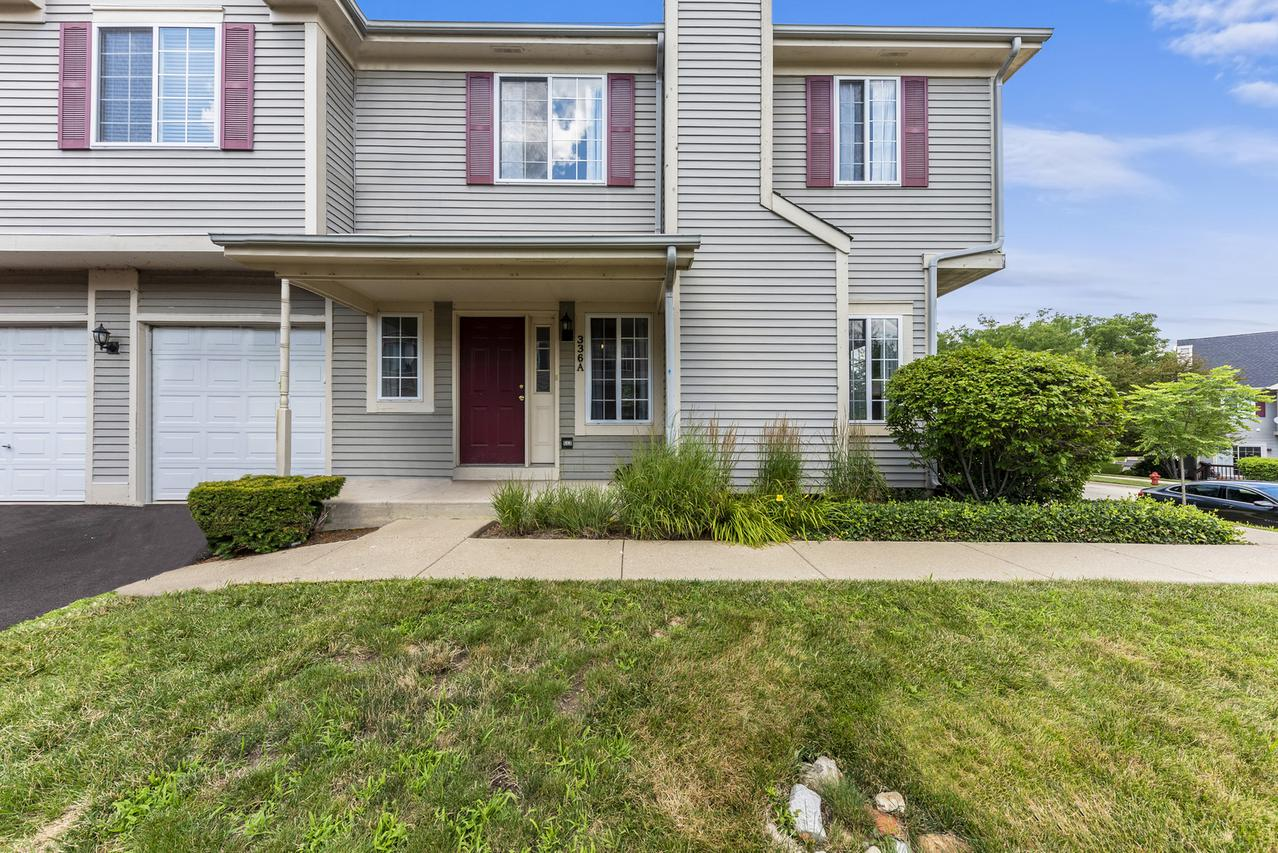 336 Windsor Ct. #A, South Elgin, IL 60177