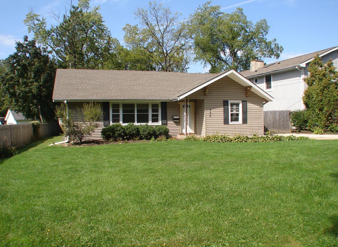 534 Grace Ave., Mundelein, IL 60060