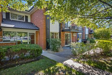 2434 E. Brandenberry Ct. #1D, Arlington Heights, IL 60004