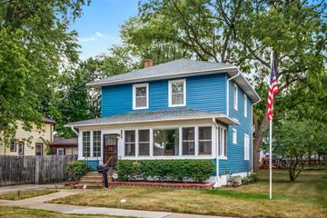 407 N. Poplar St., Waukegan, IL 60085